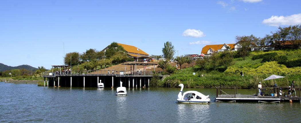 アグリパーク竜王 スワンのボート